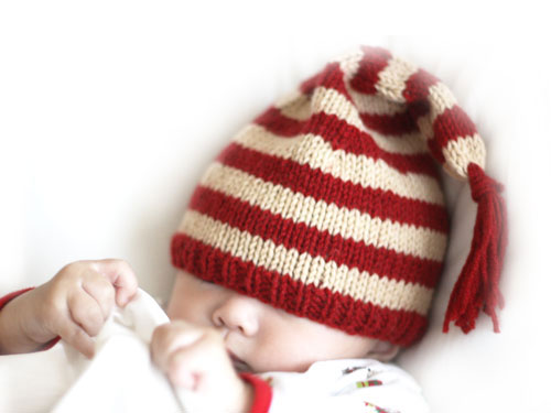 Knitting Patterns For Baby Elf Hats : holiday elf