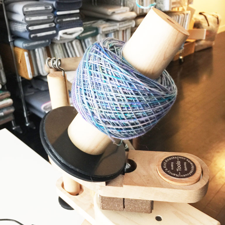 Winder-with-yarn